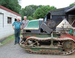 Tracteur Renault < La Neuville les Dorengt < Thiérache < Aisne < Hauts de France -