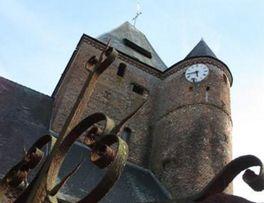 Eglise Fortifiée < Lerzy < Thiérache < Aisne < Hauts-de-France -