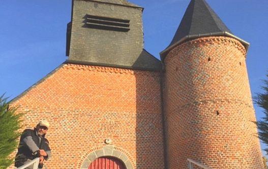 Eglise fortifiée < Froidestrées < Thiérache < Aisne < Hauts de France -