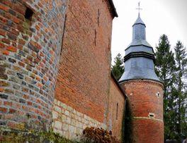 Tour clocher < Secret < Cuiry-les-Iviers < Thiérache < AIsne < Hauts-de-France - Photo