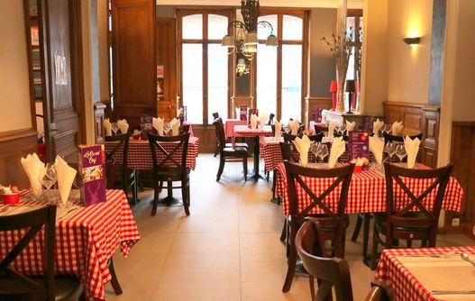 Restaurant Le Grand cerf < LA CAPELLE < Thiérache < Aisne < Hauts de France -