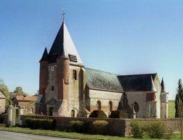 Eglise fortifiée < Noircourt < Aisne < Picardie -