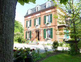 EPARCY La Villa des Tilleuls -