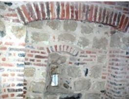 Eglise fortifiée < la Bouteille < Aisne < Picardie -