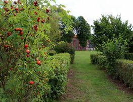 Jardin de la presqu'île < Guise < Aisne < Picardie -