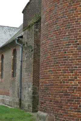 Eglise 1 < Plomion < Aisne < Picardie -