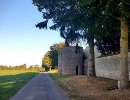 Les 2 tours < Secret < Clermont-les-Fermes < Thiérache < Aisne < Hauts-de-France - Photo