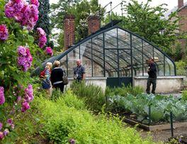 Jardin d'agrément < Familistère < Thiérache < Aisne < Picardie  -