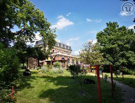 FONTAINE LES VERVINS Villa Les Camélias -