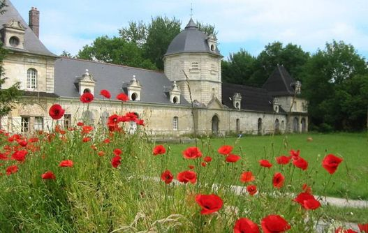 Abbaye de Bohéries < Aisne Picardie  -
