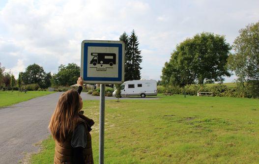 Aire camping-car < ERozoy-sur-serre < Thiérache < Auisbe < Hauts-de-France -