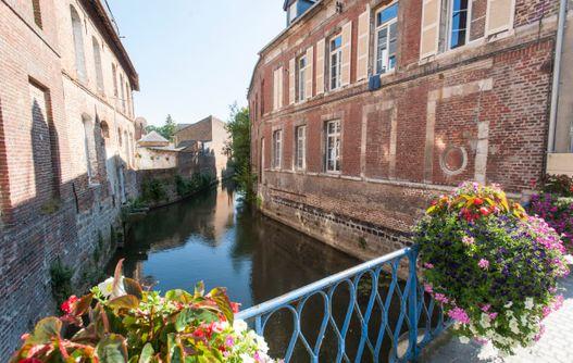 Eglise Saint Pierre < Guise < Aisne < Picardie  -