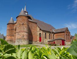 Eglise fortifiée de Wimy < Thiérache < Aisne < Picardie -