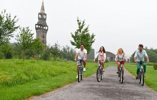 La Tour Florentine < Buire < Thiérache < Aisne < Picardie -