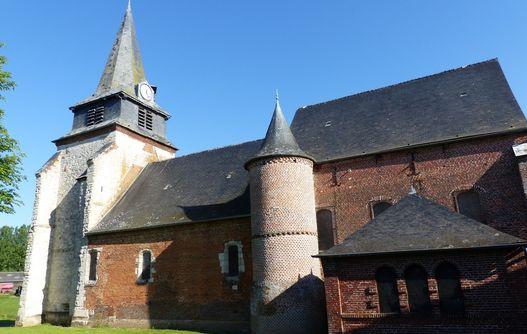 Eglise fortifiée de Nampcelles-la-Cour < Thiérache < Aisne < Picardie -